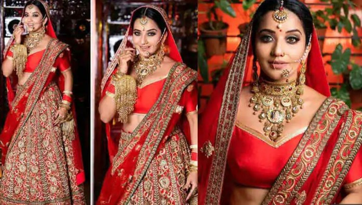 Set Stage on fire like Bhojpuri Queen Monalisa with this Red lehenga
