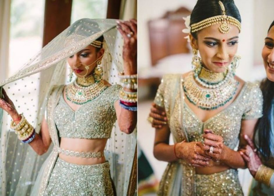 If you're going to be a bride, choose special costumes for yourself