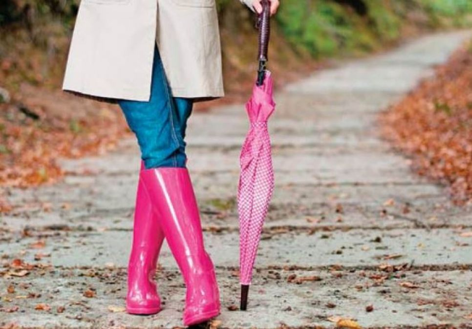Plastic footwear trending in monsoons will help to stay away from infection