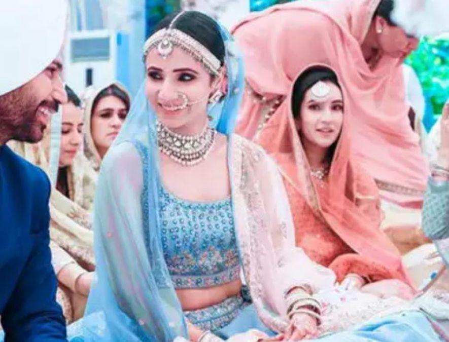 Design Your Dream Wedding with this Blue bridal wedding Lehenga