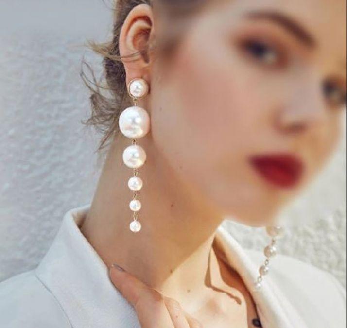 लड़कियों के पास जरूर होने चाहिए ये Pearl Earrings