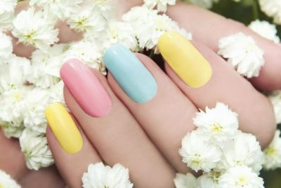 Monsoon Specials: Use this nail polish for beautiful nails in rainy days