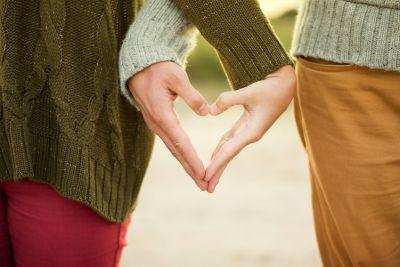 प्यार में एक दूसरे से अलग हो जाते हैं ये  चार राशि के लोग