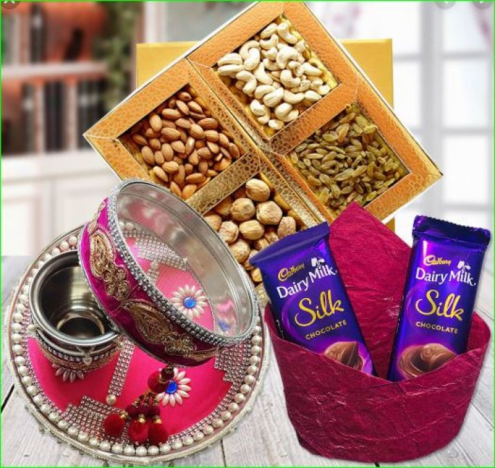 Make your partner happy with these affordable and beautiful gifts on Karwachauth