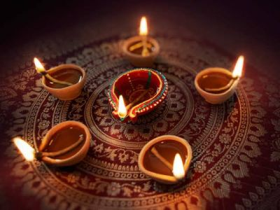 Keep these precautions on Diwali to stay safe!