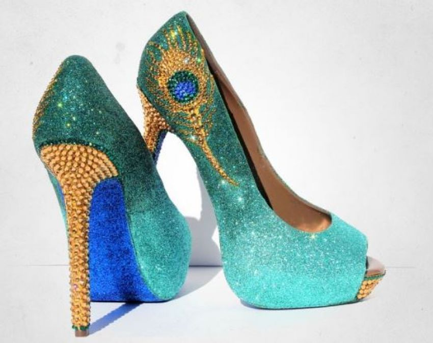 These footwears will add charm to the bride's look!