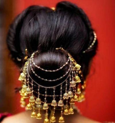 इन Hair Accessories से दुल्हन अपने बालों को और भी बना सकती है खास