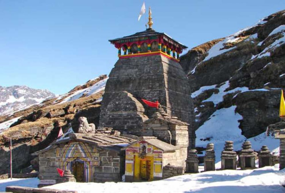 See the beautiful view of these 5 amazing Shiva temples, definitely in Sawan!