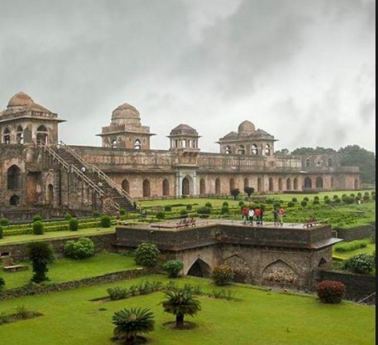 Best Tourist Places to Visit in Madhya Pradesh in Rain
