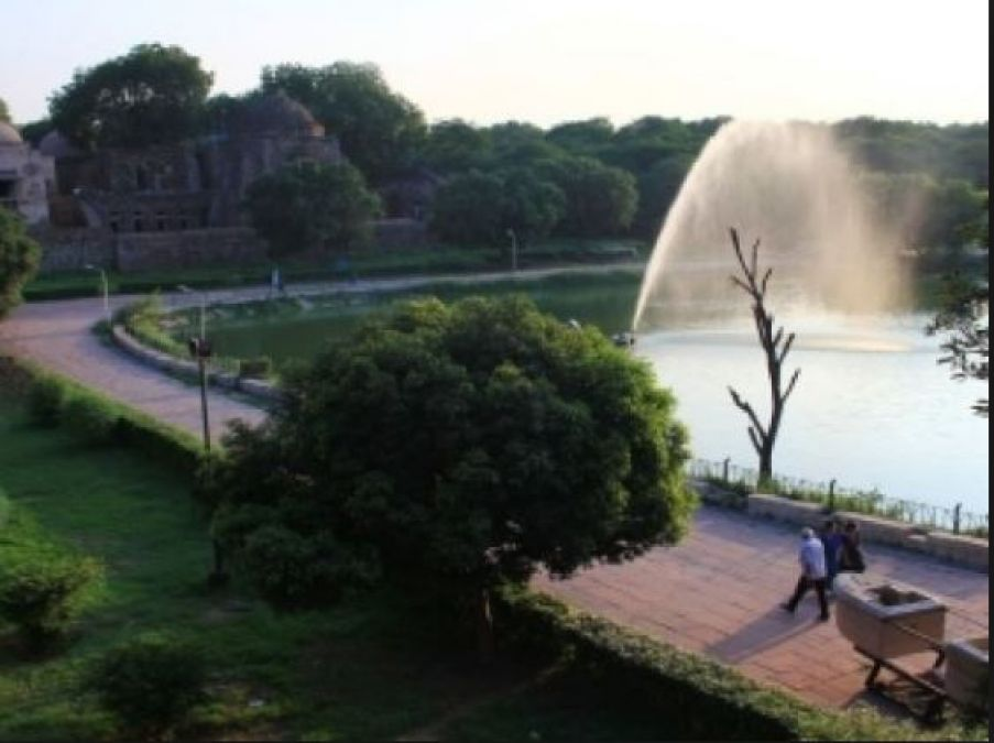 Enjoy Mansoon in Delhi and nearby places