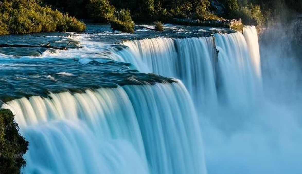It's a different experience to see waterfalls in monsoons and have fun, visit these places