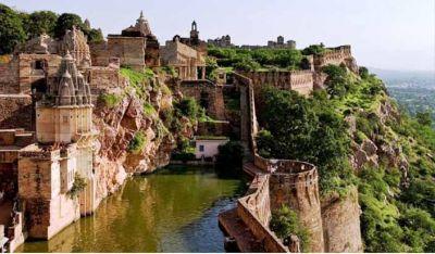 बहुत ही खूबसूरत है राजस्थान का चित्तौड़गढ़ दुर्ग