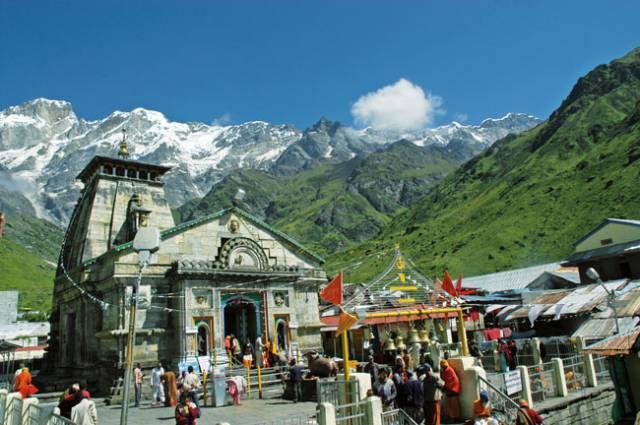हिमालय की गोद में बसा शिव का धाम, जहां केदारेश्वर करते हैं विश्राम