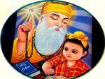 गुरु नानक ने दी सफलतम जीवन की सच्ची सीख