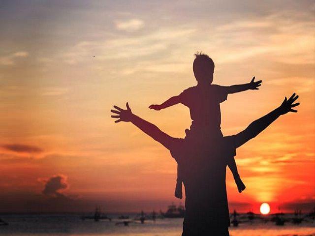 एक पिता की सोच - पिता का कर्तव्य संतान को केवल जन्म देने से पूर्ण नहीं होता
