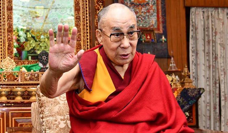 परम पावन दलाई लामा ने की पूर्व पीएम मनमोहन सिंह के शीघ्र स्वस्थ होने की कामना
