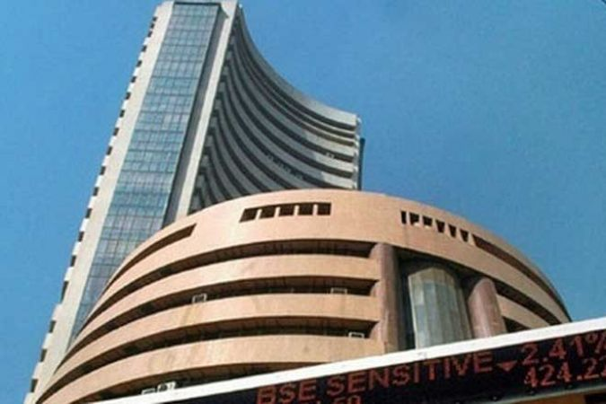 Sensex touches 38,000 points mark for the first time, Nifty moving nearer to the 11,500  all-time mark