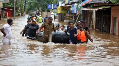 Kerala floods: Red alert withdrawn, Orange alert in 10 districts, relief operations continues