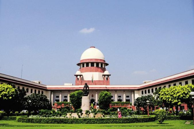 Assembly Election: SC seeks an answer on EC notice given to Congress