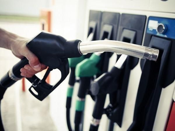 Fuel prices fall by 39-45 paise per litre on Friday -See recent details