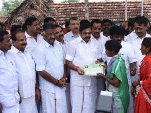TN ministers take stock of Cyclone hit Delta region