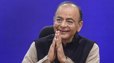 Arun Jaitley get back to home after getting treatment from the US