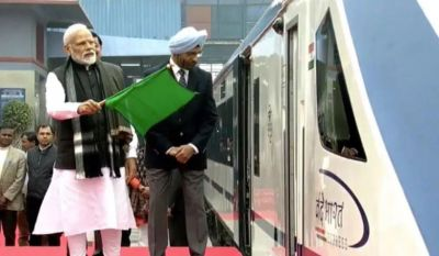PM  Modi Flags off Fastest Train, 'Biggest answer to terrorists' says Railway Minister