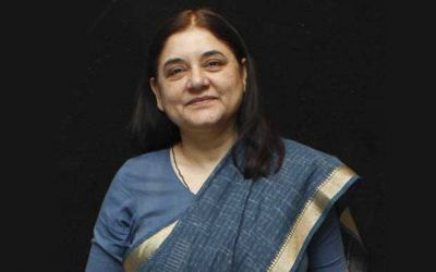 Union Minister Maneka Gandhi abuses an official in UP, ensues controversy