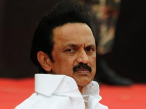 DMK moves Madras HC demanding to declare E.K. Palaniswami trust vote null and void