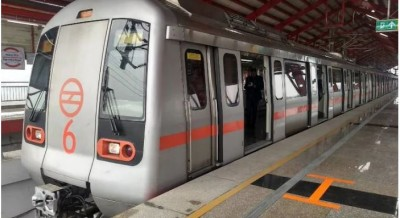 Delhi Metro buses to run at current limited capacities for 2 more weeks