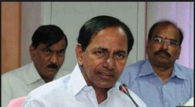 Telangana Chief Minister K. Chandrashekhar Rao announced Rs 25 lakh each to the kin of the 40 CRPF martyrs