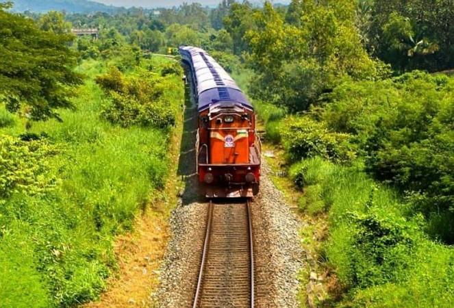 भारतीय रेलवे भीड़ को नियंत्रित करने के लिए 16 नई ट्रेनें करेगा शुरू