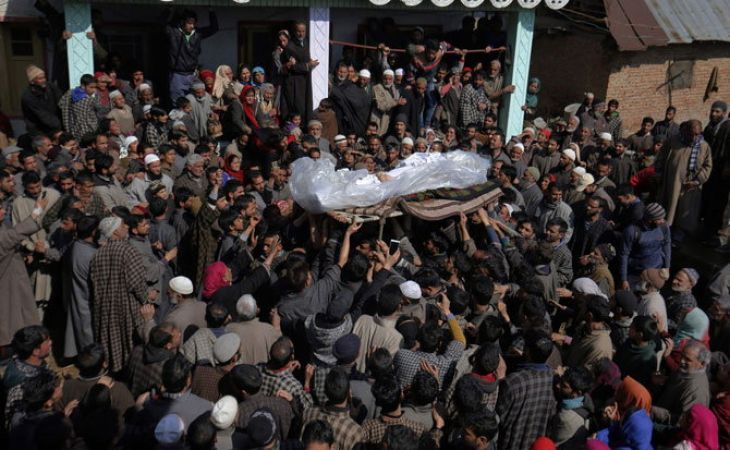 Kashmir anguishes on Jawan's death, coffin reached Punchpora mosque
