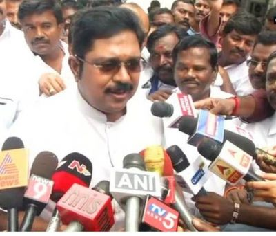 Dhinakaran condemned CM Palanisamy over special service for MLAs amidst statewide bus strike