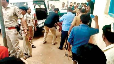 5 'child lifters' lynched in Dhule, Maharashtra