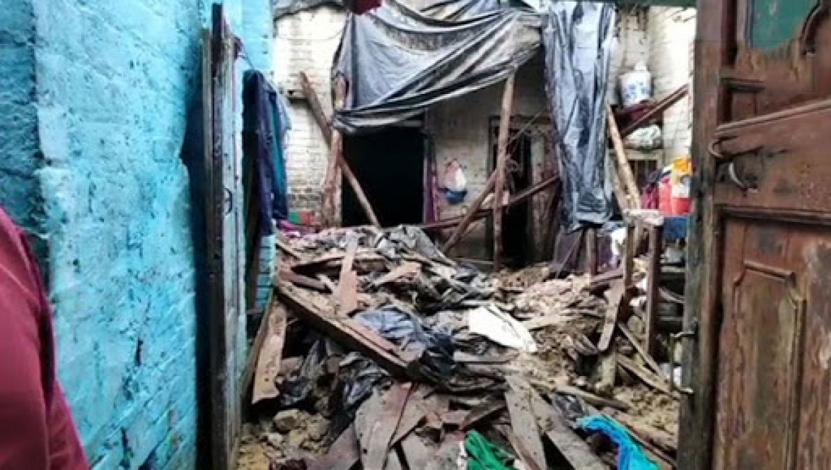 2 children get killed, mud house collapses in