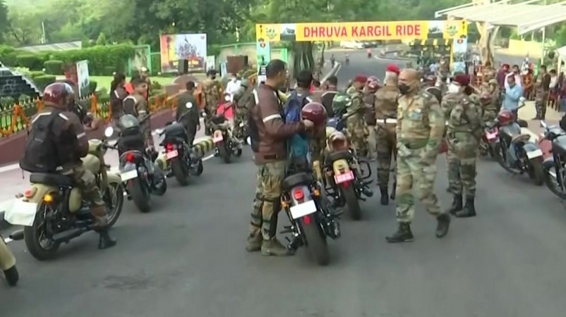 कारगिल विजय दिवस के उपलक्ष्य में भारतीय सेना ने किया मोटरसाइकिल रैली का आयोजन