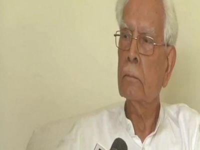 Congress will split under non-Gandhi chief: Natwar Singh