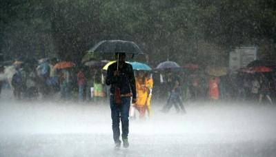 After cloudburst and flash flood in Himachal Pradesh, IMD warns for red alert