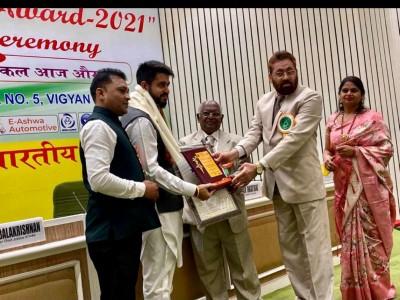 Social Activist Abhishek Jain felicitated with Delhi Ratna Award 2021
