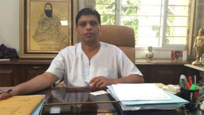 Food park row: Patanjali's Acharya Balkrishna takes on UP Govt