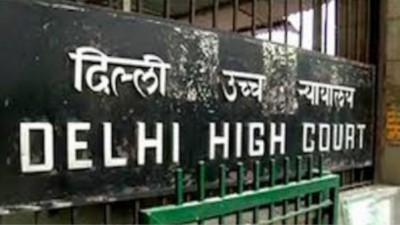 Corona vaccine administered to children without research may pose problems: Delhi HC
