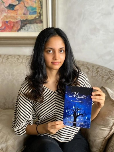 Rajlakshmi Patil has published her book 'Mystic' at a young age and won many readers.