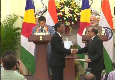 India and Seychelles ink 6 MoUs: India offers 100 MM dollars