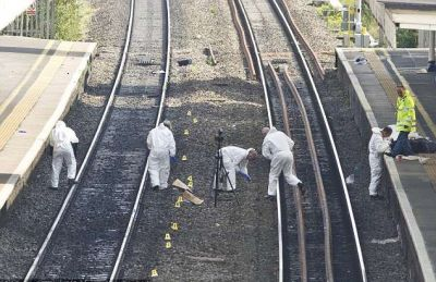 Women lay on the railway track with her newborn baby with an attempt to suicide
