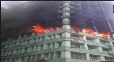 Another massive fire broke out at High rise building at Delhi