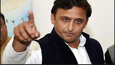 Akhilesh Yadav made bitter comments on PM Modi and Yogi Adityanath