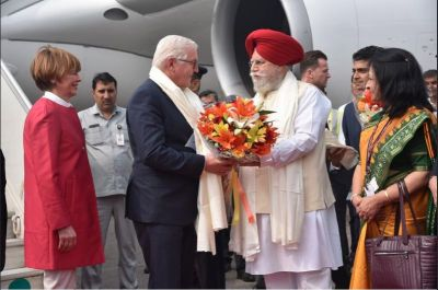 German President  arrives in India, a warm welcome awaits
