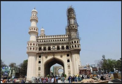 Ancient Iconic Charminar's a Portion collapsed while repair work underway