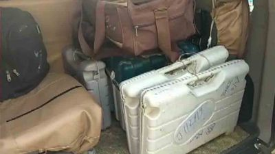 6 EVMs recovered from Bihar hotel during polling